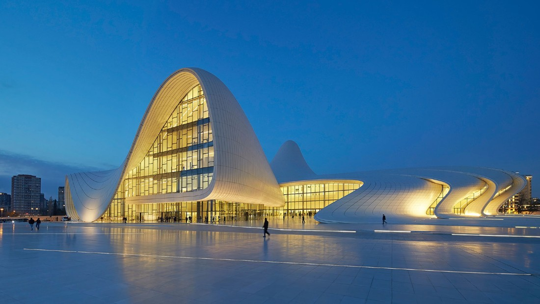 Heydar Aliyev Centre. Zaha Hadid Architects with DiA Holding. 2012, Baku, Azerbaijan. (Photo: Hufton + Crow)