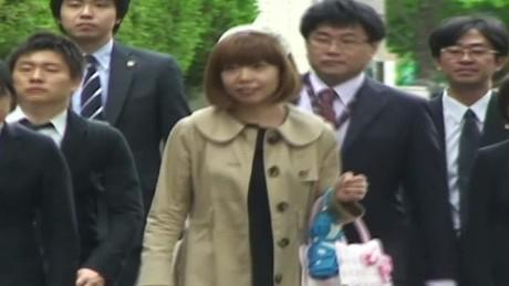 cnnee rec vo declaran culpable por obsenidad a una artista japonesa _00000616