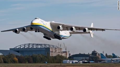 Antonov AN-225 3