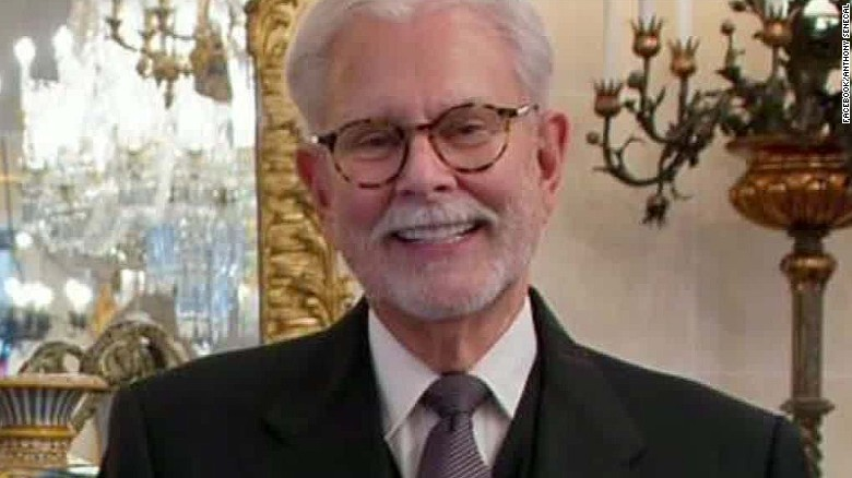 Secret Service investigating Trump's longtime butler