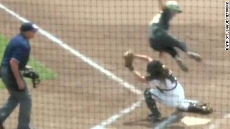 amazing army softball score newday_00001303