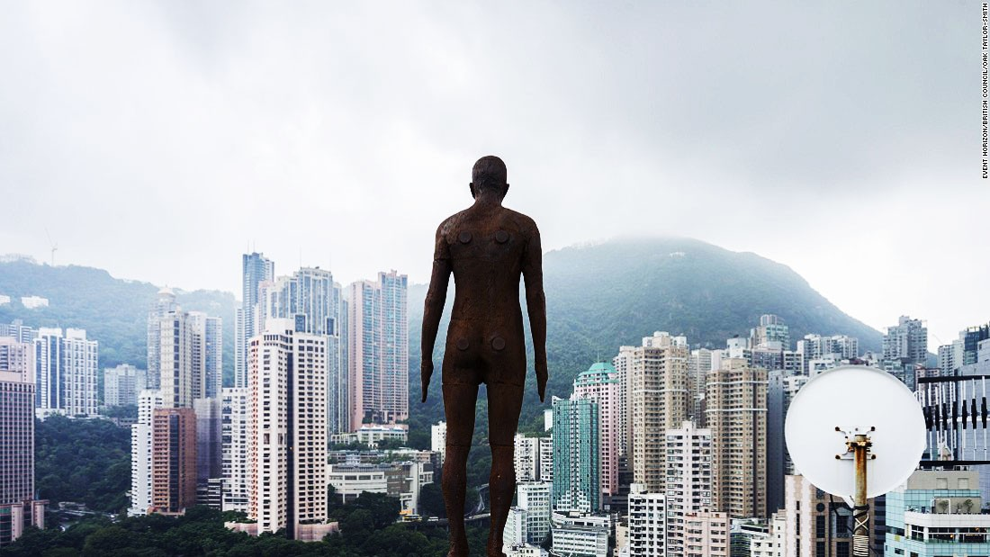 "Antony Gormley positioned 31 sculptures of <a href=""http://edition.cnn.com/2015/11/19/arts/antony-gormley-event-horizon/"">naked, anatomically-correct men</a> across a kilometer stretch in the heart of Hong Kong."