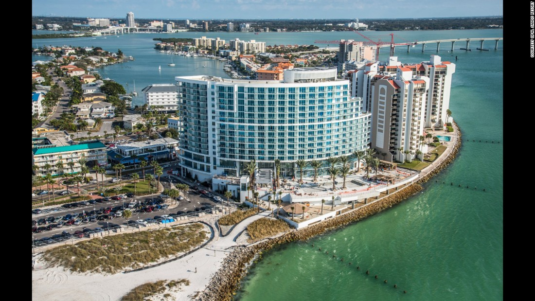 At Opal Sands Resort on Clearwater Beach, sun yourself on white sand beaches, swim with dolphins or enjoy poolside drinks after some time at the spa.