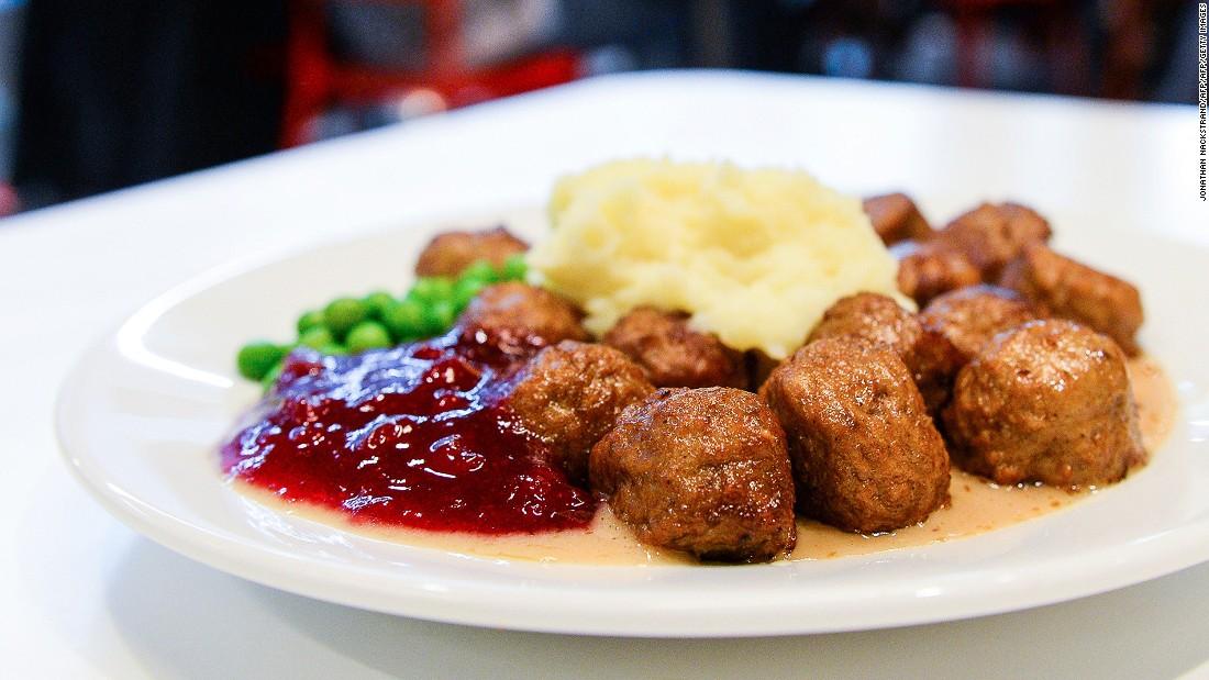 Swedish meatballs = Mmmm. Swedish meatballs + lingonberry jam = Mmmmmmmmmmmm.
