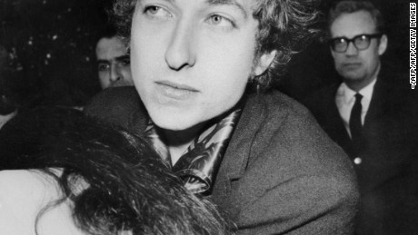 A photo shows US folk singers Bob Dylan in March 1966 in New York. (Photo credit should read -/AFP/Getty Images)