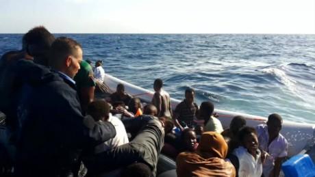 libya smuggler migrants pkg paton walsh _00033721