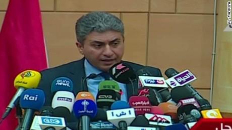 cnnee sot cafe avion egipcio sharif fathi ministro aviación egipto _00001105
