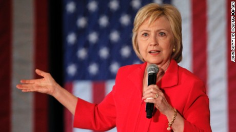Report says Hillary Clinton broke email rules