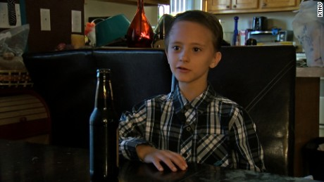 8-yr-old served alcoholic root beer