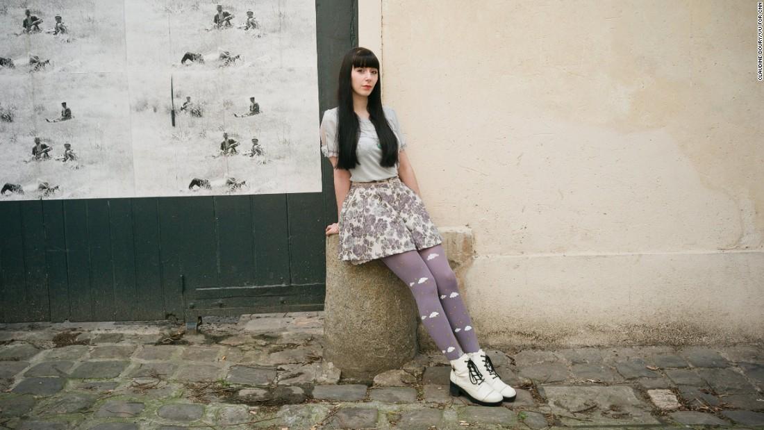 Alexia, 21, sales assistant in the Marais district.