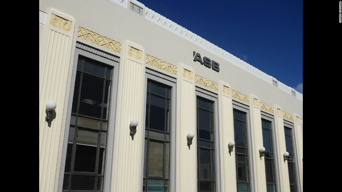 The ASB Bank building, built by Wellington firm Crichton McKay & Haughton in 1932, is one of the finest examples of Maori carving and kowhaiwhai (rafter) patterns the town's architects incorporated into their interpretation of Art Deco style.