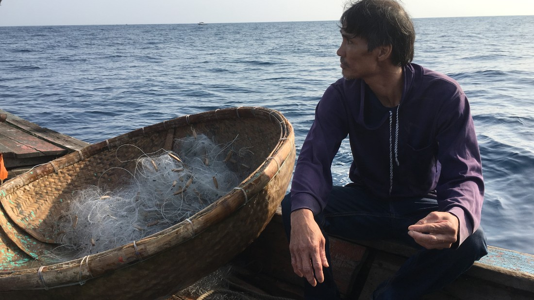 Fisherman caught in the south china sea fray for Fisher fish chicken indianapolis in