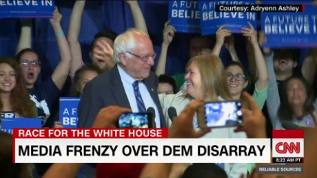 Media frenzy over Dem disarray_00021726.jpg