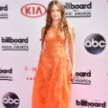 16.billboard music awards red carpet
