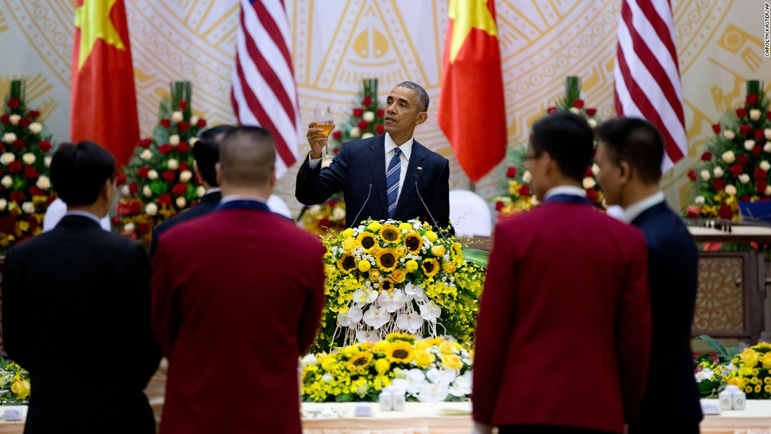 Obama gives a toast during a state luncheon hosted by Vietnam's President in Hanoi on May 23.