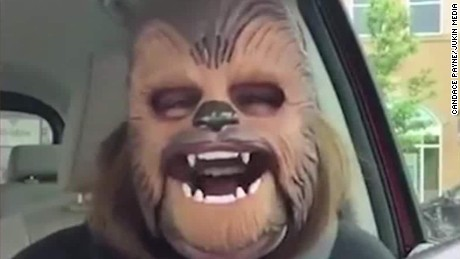 Woman dons Chewbacca mask, brings joy to Internet