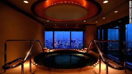 Ritz-Carlton Tokyo: 12 swish stories.