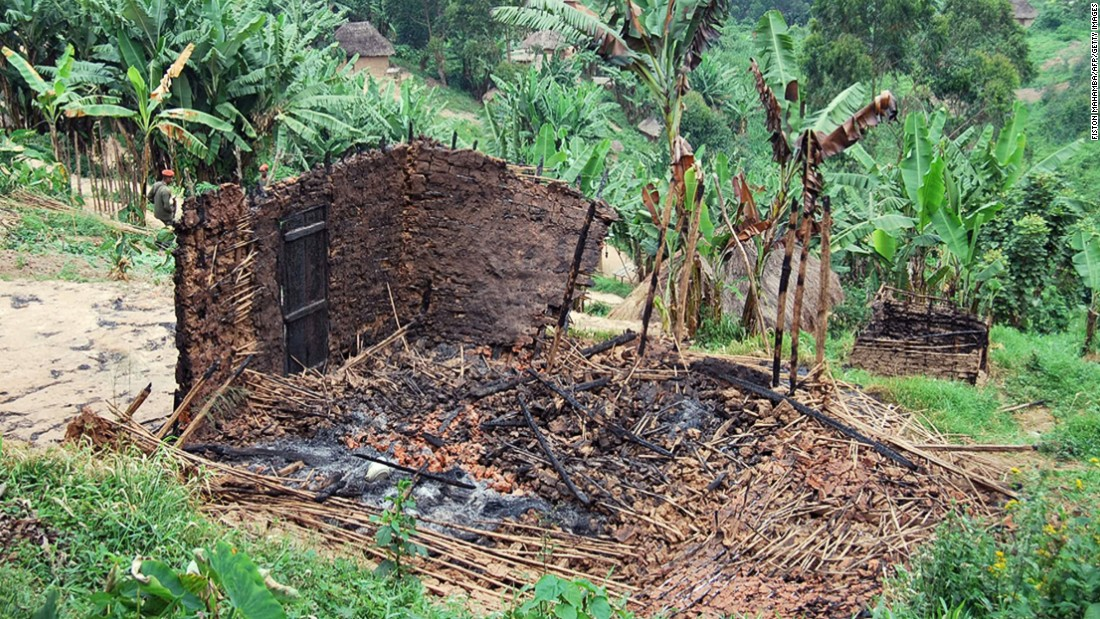 "A burnt hut in a village in the North Kivu province which was destroyed in an attack in February 2016. Around 70 houses burned down in the Lubero and Walikale territories, <a href=""http://www.ohchr.org/EN/NewsEvents/Pages/DisplayNews.aspx?NewsID=17022&LangID=E"" target=""_blank"">Pouilly said. </a>"