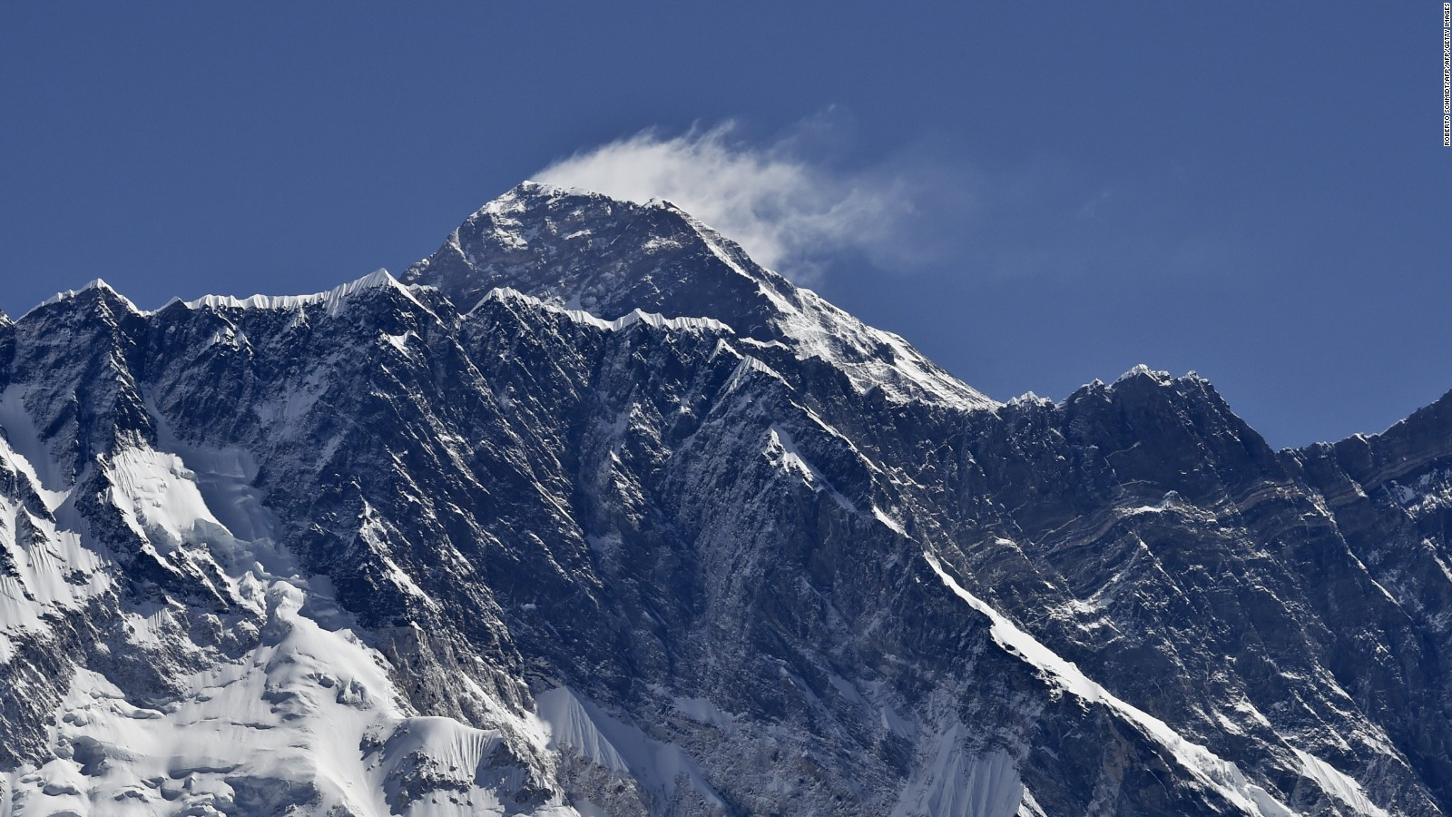 what happens to your body on mount everest com