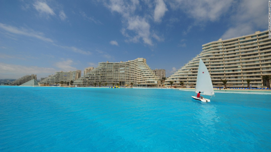 It is located in the San Alfonso Del Mar resort in Chile, and stretches over 3,000 feet long.