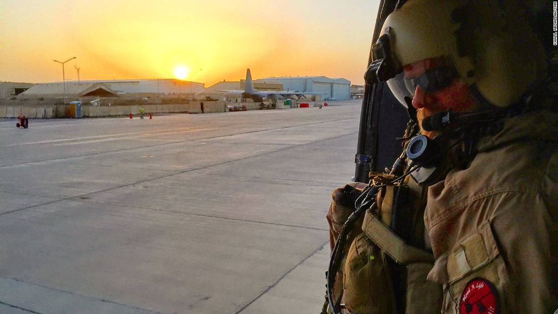 Arriving in Baghdad at sunset, the CNN crew jumped into a helicopter and was taken to its quarters for the night.