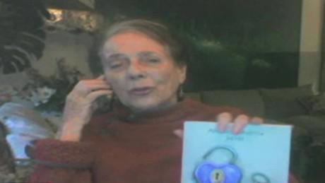 cnnee encuentro intvw monica echeverria escritora actriz chile haganme callar_00031626
