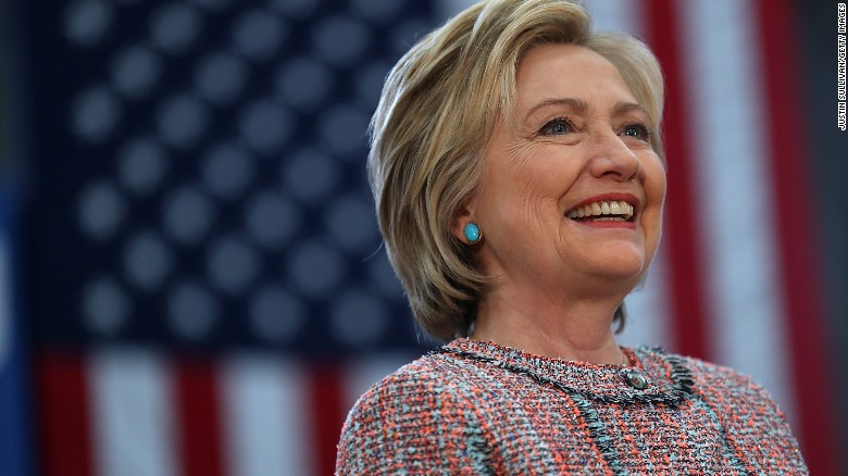 Lifelong Republican urges GOP to back Hillary Clinton