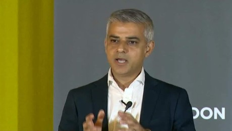 London's mayor pleads for Britain to stay with the EU