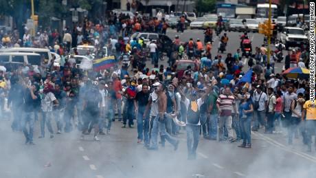 cnnee cafe intvw joel garcia abogado venezuela detenido _00014611