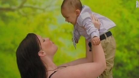 mom saves baby shatters pelvis loses leg texas pkg_00010821