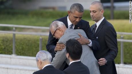 Obama becomes first sitting president to visit Hiroshima