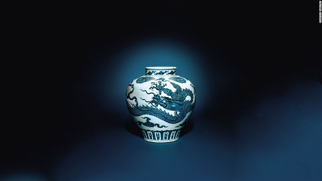 Blue and white dragon jar, 1426-1435 (Sold: $20,447,642)