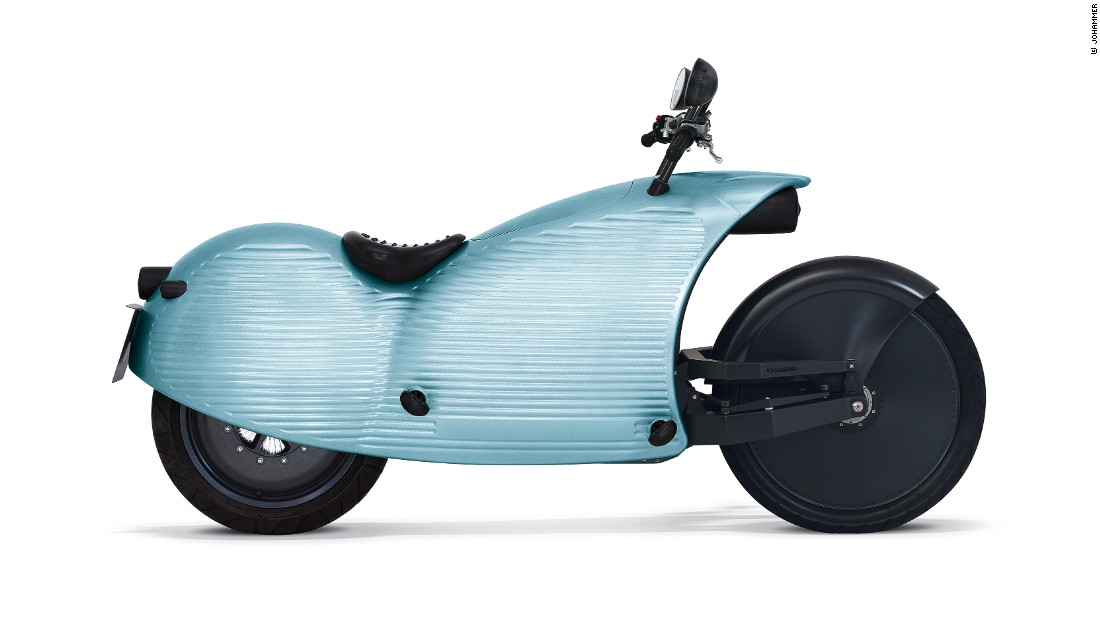 The €25,000 ($28,500) e-motorcycle boasts a range of 200 kilometers (125 miles) and integrates the electric motor and controller into the rear wheel.