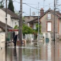 02 France flood 0603