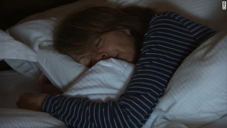 cnnee rec marisa azaret trastorno del sueño como dormir bien _00050914