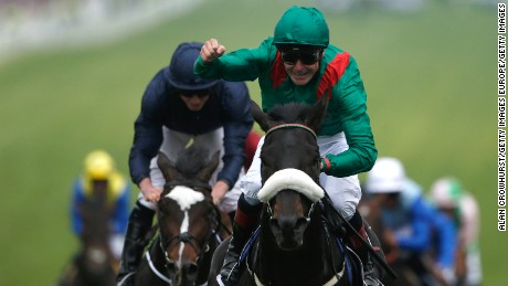 Pat Smullen celebrates winning the 2016 Epsom Derby