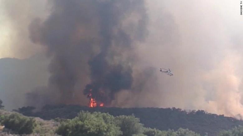 wildfire california calabasas vo_00000000