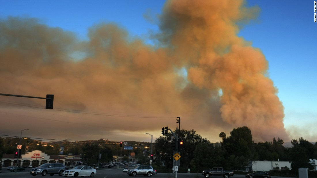 Heavy smoke rises over Calabasas.