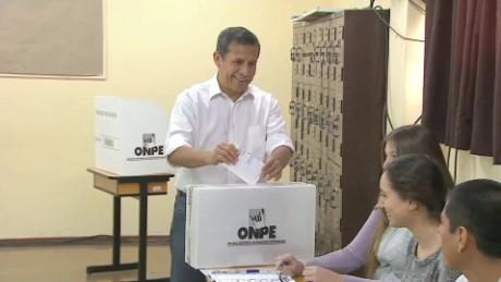 cnnee pkg maria elena belaunde votacion en peru segunda vuelta _00014310