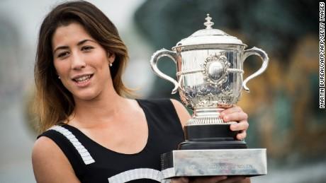 Muguruza wins French Open