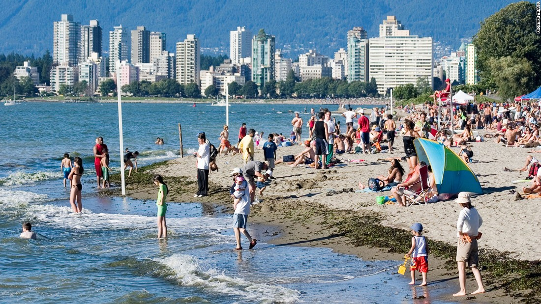 Outdoorsy Vancouver is one of the best cities in Canada for taking to the water.