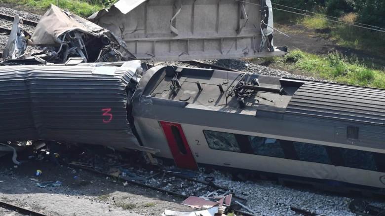 Train crash in Belgium