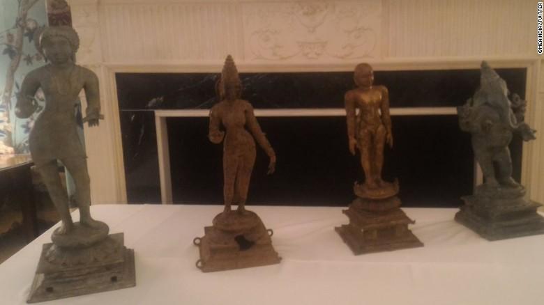 U.S. returns stolen artifacts to India