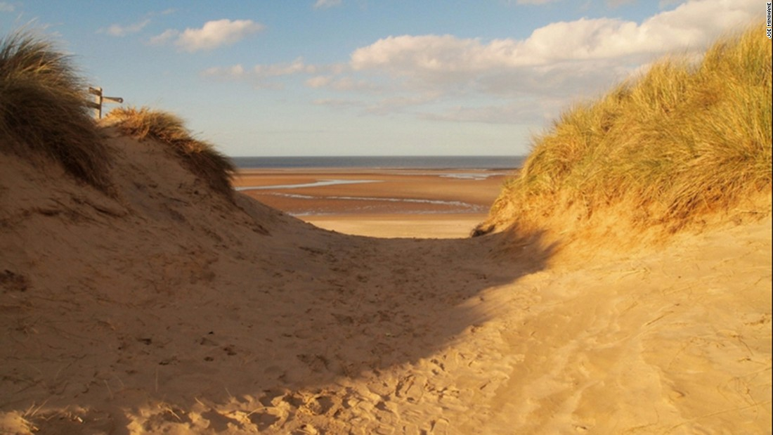 One of England's most stunning beaches, Holkham's golden sands cover a vast stretch of the North Norfolk coast.