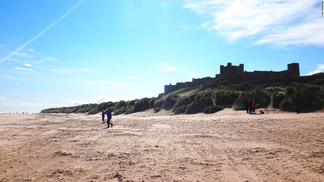 Overlooked by the towering ramparts of a spectacular Norman castle, the sandy beach at Bamburgh is ideal for novice surfers and nature fanatics.