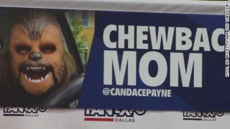 Candace Payne AKA Chewbacca Mom got to meet the real Chewbacca, Peter Mayhew.