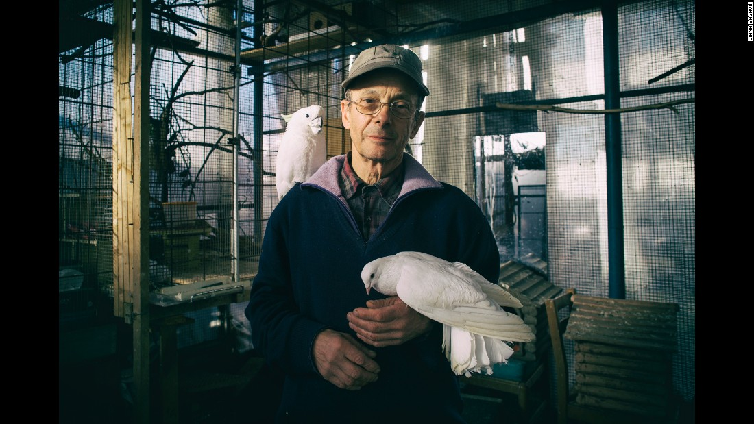 Since his wife died, Vanes has been taking care of animals in need in Grugliasco, Italy.