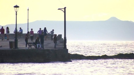 brexit impact on greece pkg pleitgen_00023929