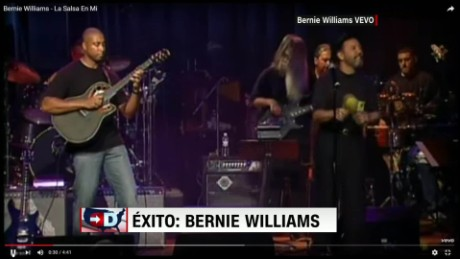 exp cnne exito bernie williams_00002001