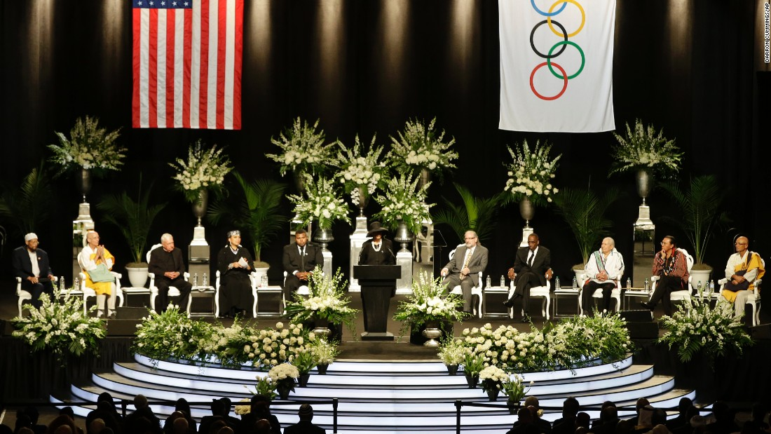 Muhammad Ali's wife, Lonnie, speaks during the boxing legend's memorial service in Louisville, Kentucky, on Friday, June 10. Ali died June 3 at the age of 74.